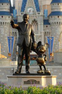 Statua di Walt Disney